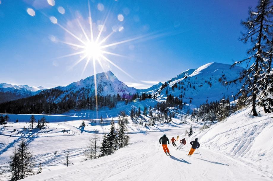 Горнолыжный спортивный комплекс Лех в Австрии может похвастаться протяжёнными трассами высокого качества для любителей и профессионалов зимних видов спорта